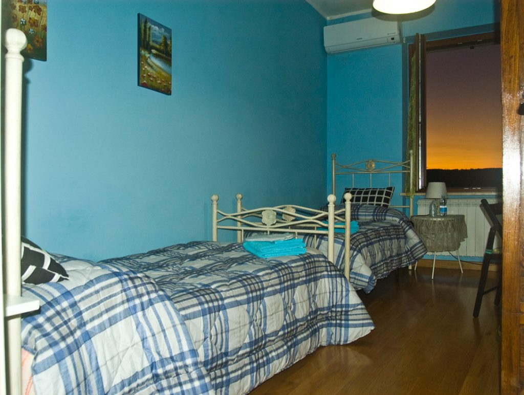 Blue room junior